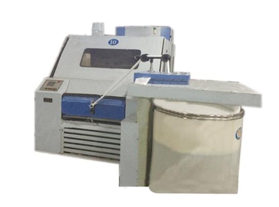 FA203C型梳棉机