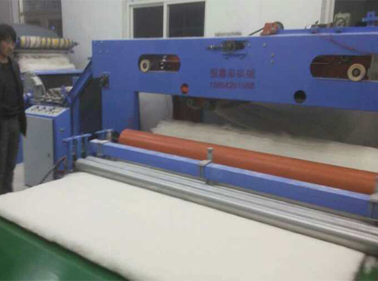 半自动棉被生产线